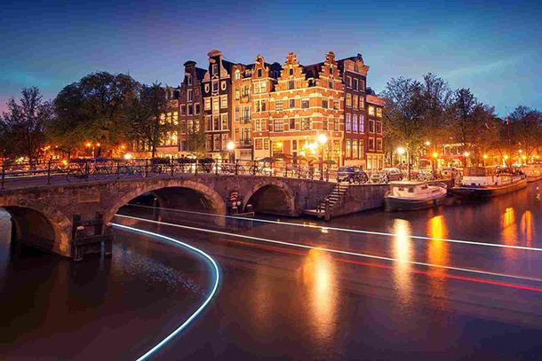 Выходные в Амстердаме на 100 евро