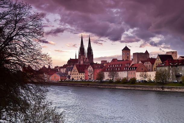 Вид на Старый город в Регенсбурге