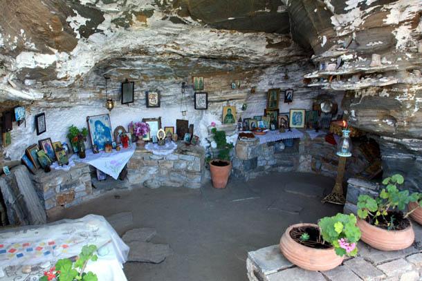 Алики - церковь в скале