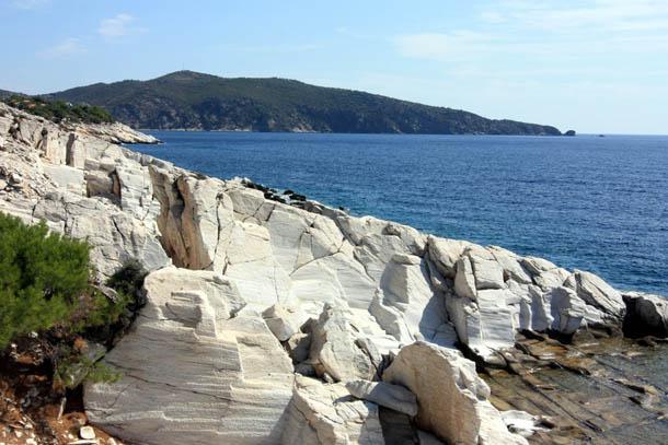 мраморное побережье Эгейского моря