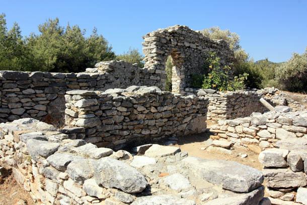 Античные строения