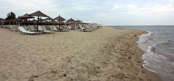 Пляж в Керамоти, Греция