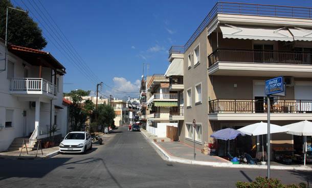 Улица в Неа Ираклица