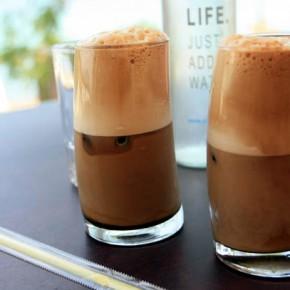 Фраппе — холодный кофе из Греции