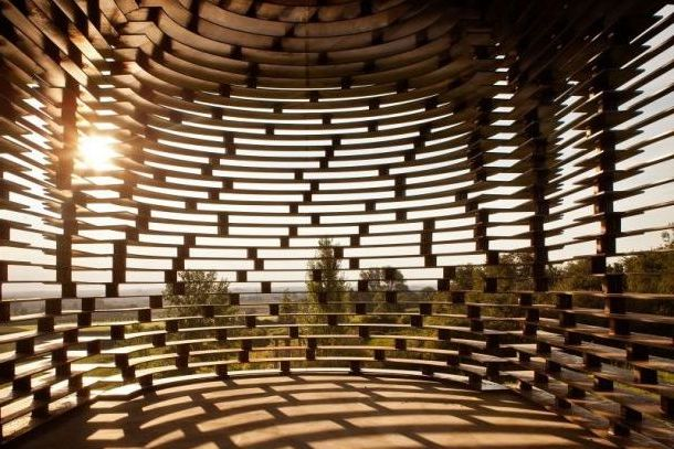 Воздушная церковь в Бельгии, вид изнутри
