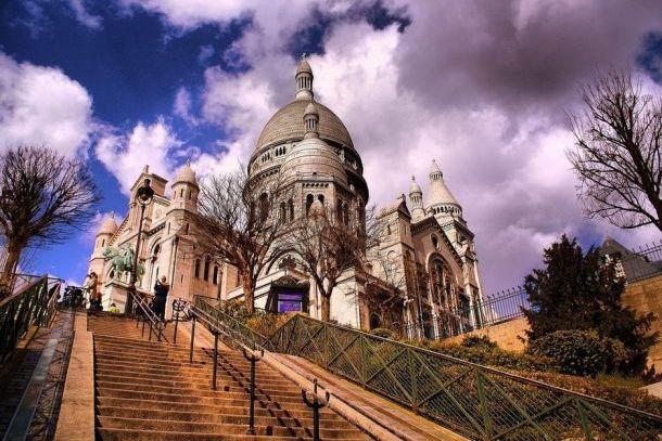 Базилика Сакре-Кер в парижском Монмартре