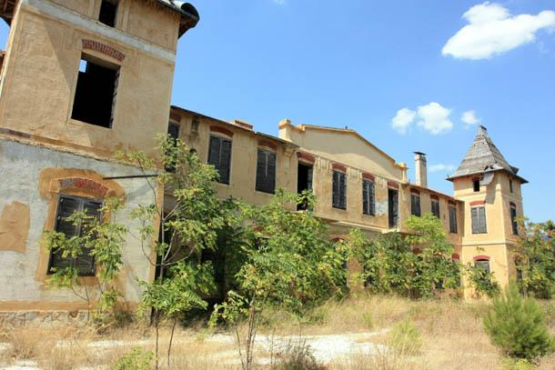 Заброшенное предприятие на острове Тасос