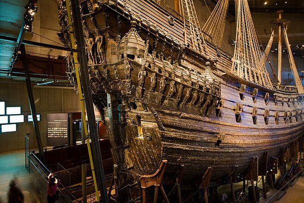 Корабль, построенный в 17 веке, музей Васа