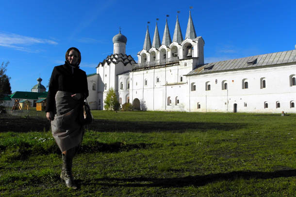 Тихвинский монастырь в Ленинградской области