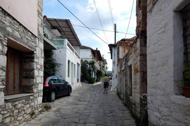 Узкие-узкие улицы ...
