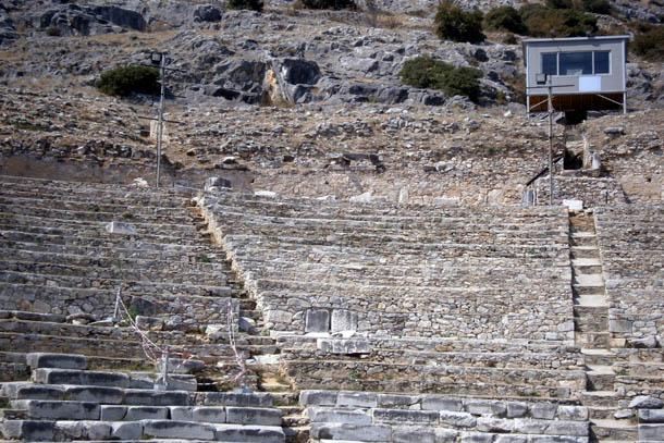 Сиденья амфитеатра