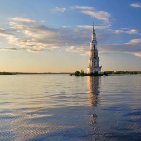 Калязин – затопленная колокольня
