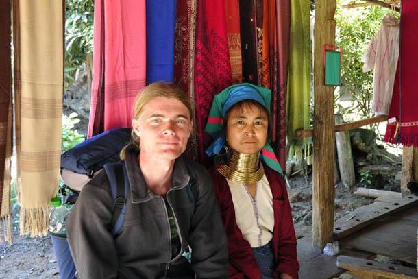 В деревне длинношеих каренов на севере провинции Мэй Хон Сонг