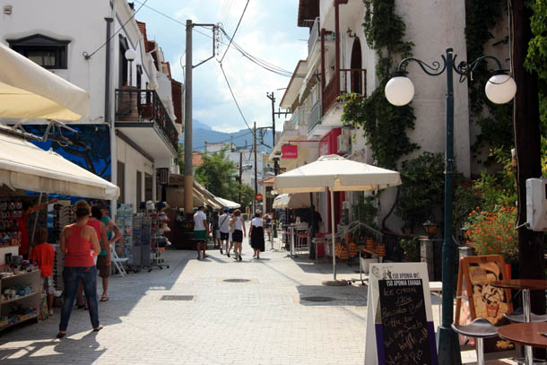 На улице Тасоса
