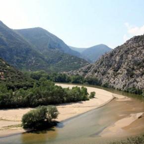 Каньон Нестос — панорама окрестностей