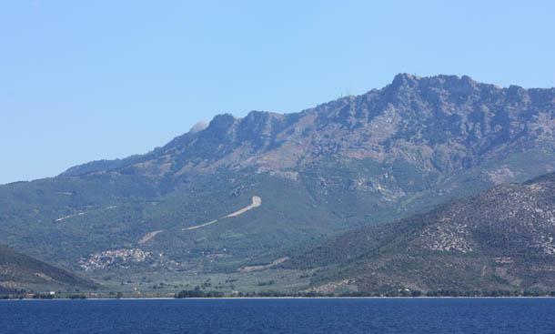 Скала Принос - красивые горы