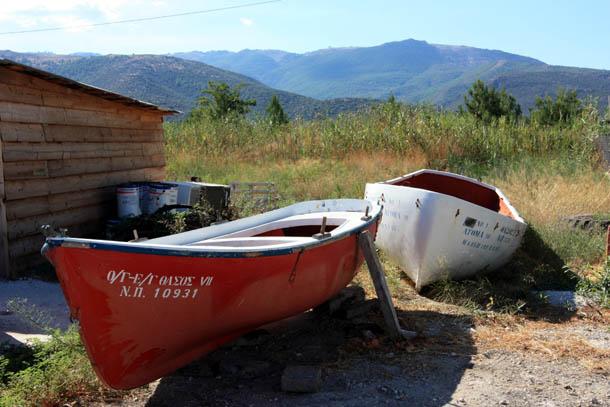 Лодки в Скала Принос