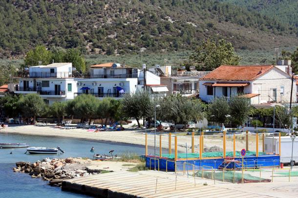 Греческие домики на побережье