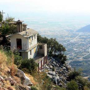 Нетуристический монастырь в северной Греции