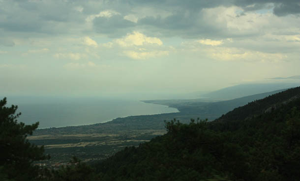 Вид с горы Олимп - пока дождя нет