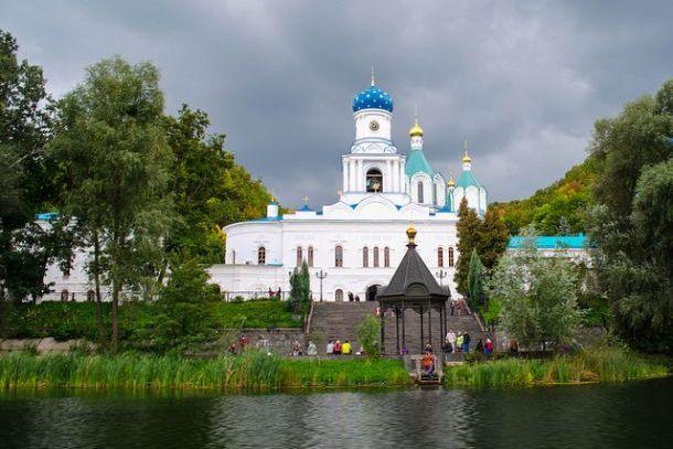 Монастырь Святогорской  Лавры