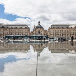 Биржевая площадь в Бордо