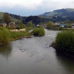 Черемош-Фест —  туристический фестиваль в Криворовне