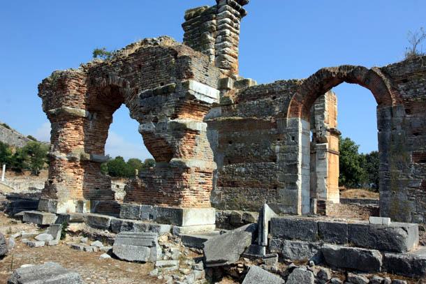 базилика - вид с другой стороны
