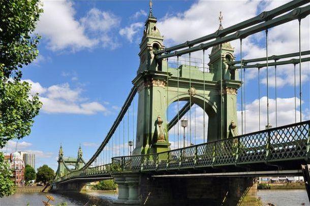 Хаммерсмитский  мост в Лондоне