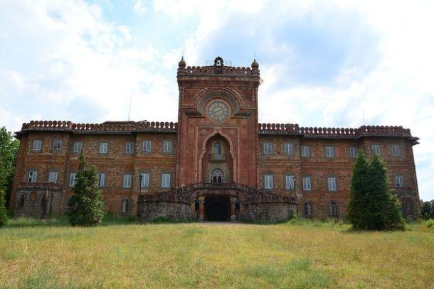 Замок Саммеццано в Тоскане