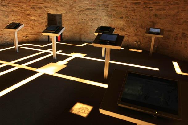 зал с интерактивной выставкой
