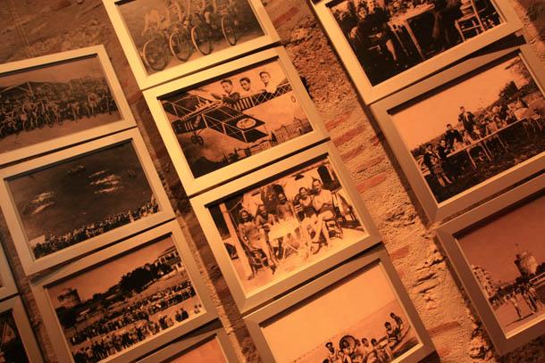 подборка фото на стене