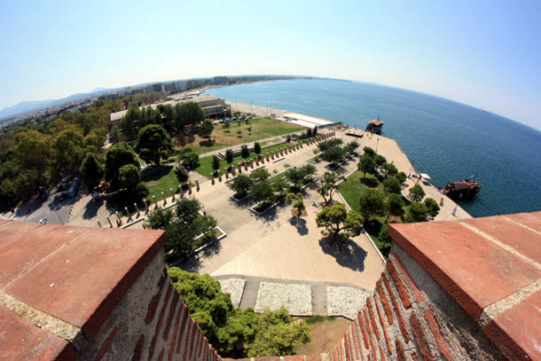 панорама набережной с Белой башни