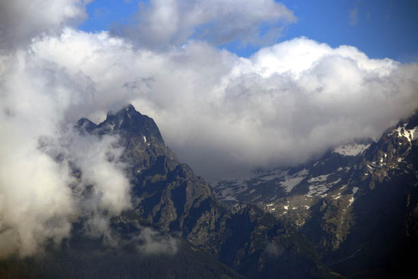 горы и облака