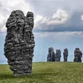 Столбы выветривания — плато Маньпупунер на Урале