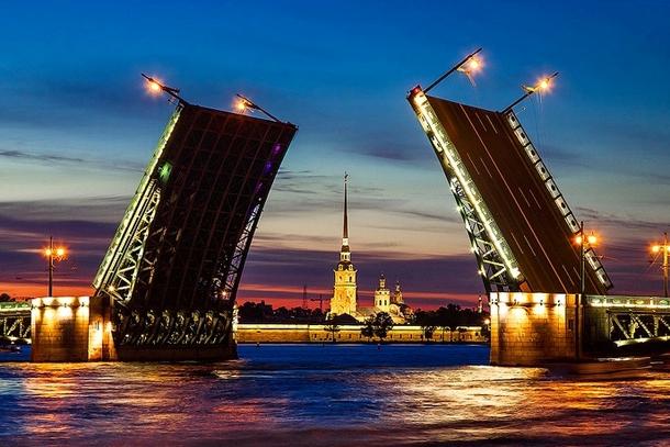 Дворцовый разводной мост, Санкт-Петербург
