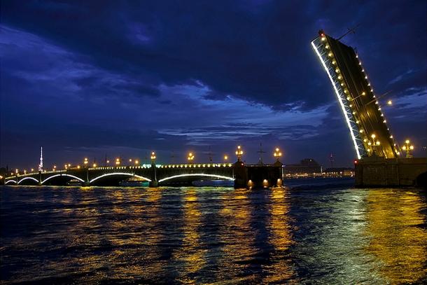 Троицкий мост Санкт-Петербурга