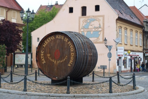 Символ пивоварения в городке Жатец