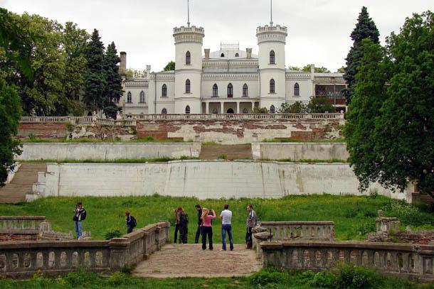 Харьковская область, Шаровский дворец