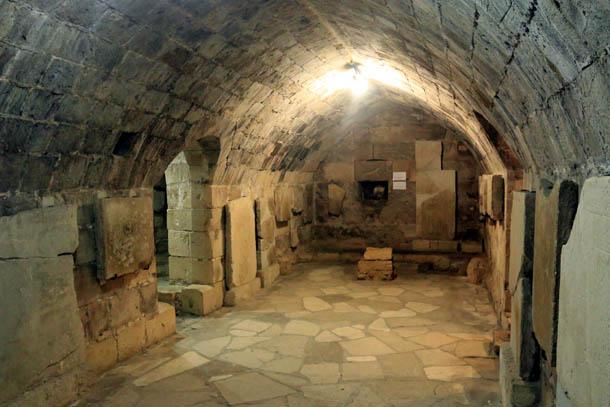 подземный этаж