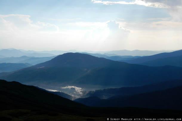 Карпаты, вид с хребта Черногора.