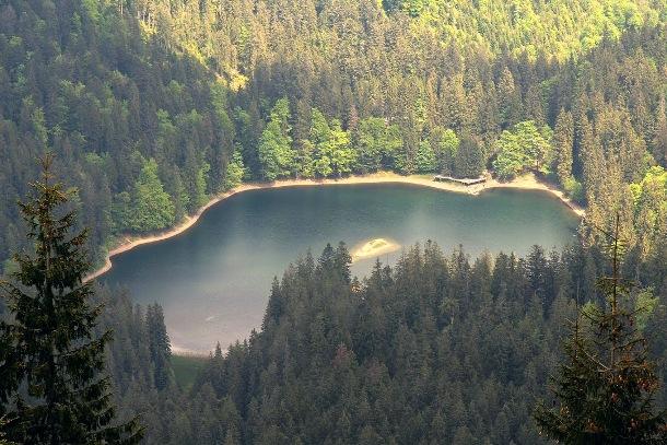 Озеро Синевир, Межгорщина