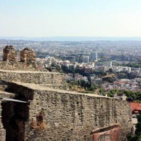 Салоники — смотровая площадка у крепостной стены