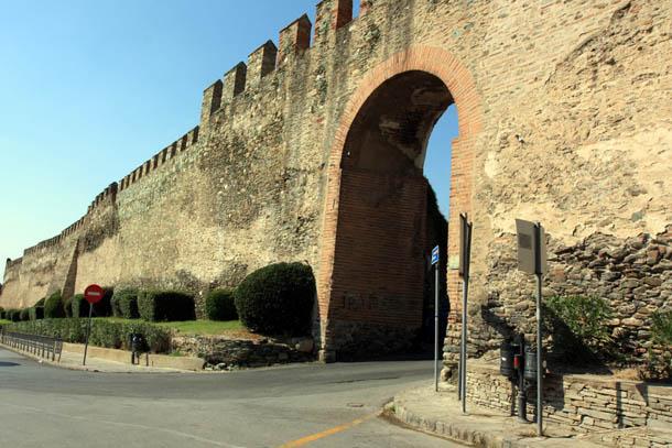 арка в крепостной стене