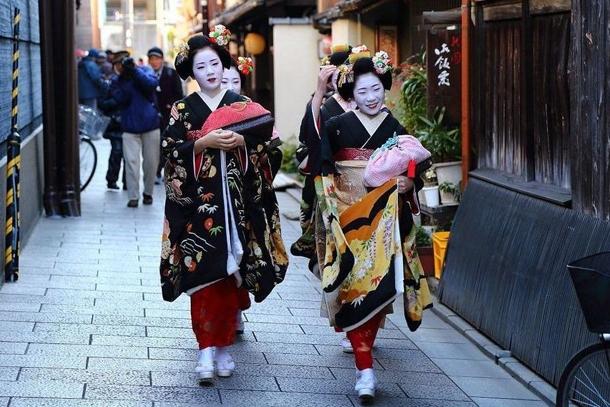 Гейши, квартал Гион в Киото