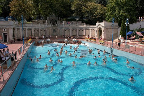 Открытая купальня Геллерт, Будапешт