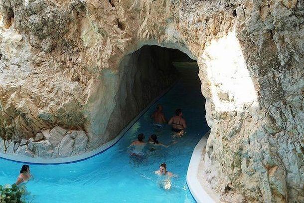 Пещерная купальня Мишкольц-Тапольца