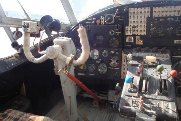 Музей авиации, в кабине Ан-2