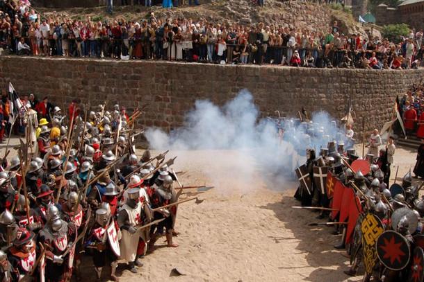 Выборгский замок, рыцарские турниры