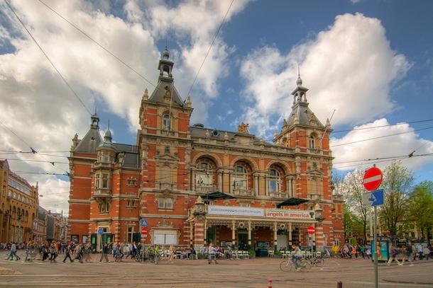Городской театр Stadsschouwburg